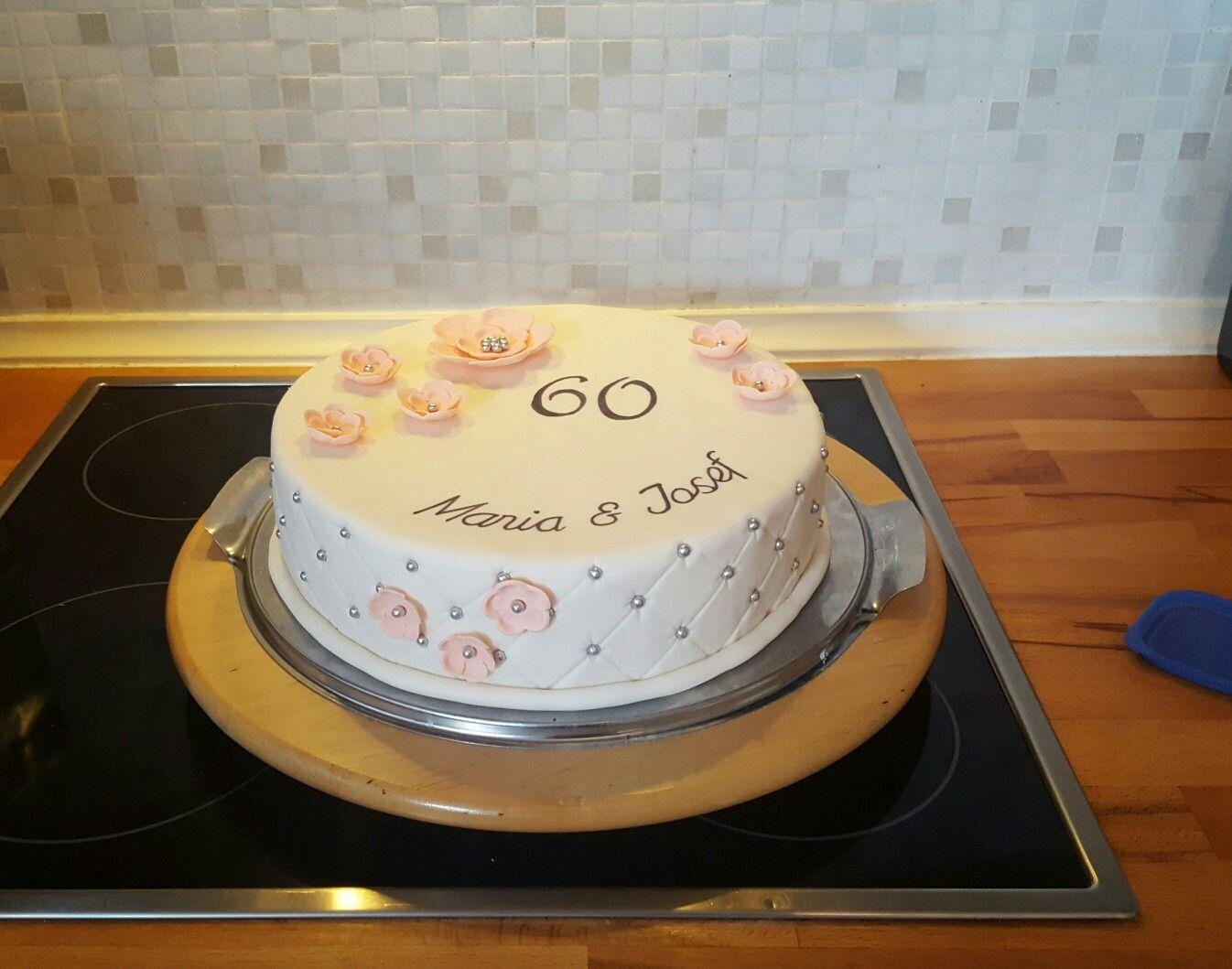 Diamantene Hochzeit Torten Kuchen In 2019 Desserts