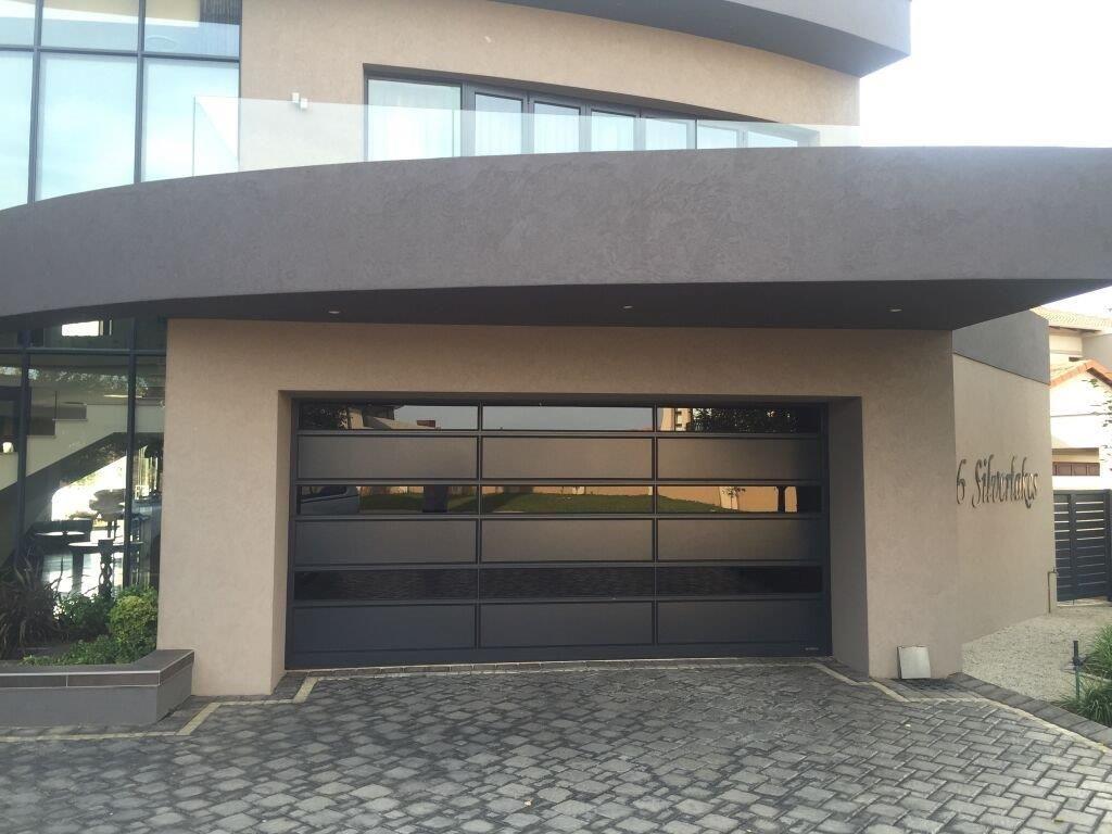 Pin Op Coro View Glass Aluminium Doors