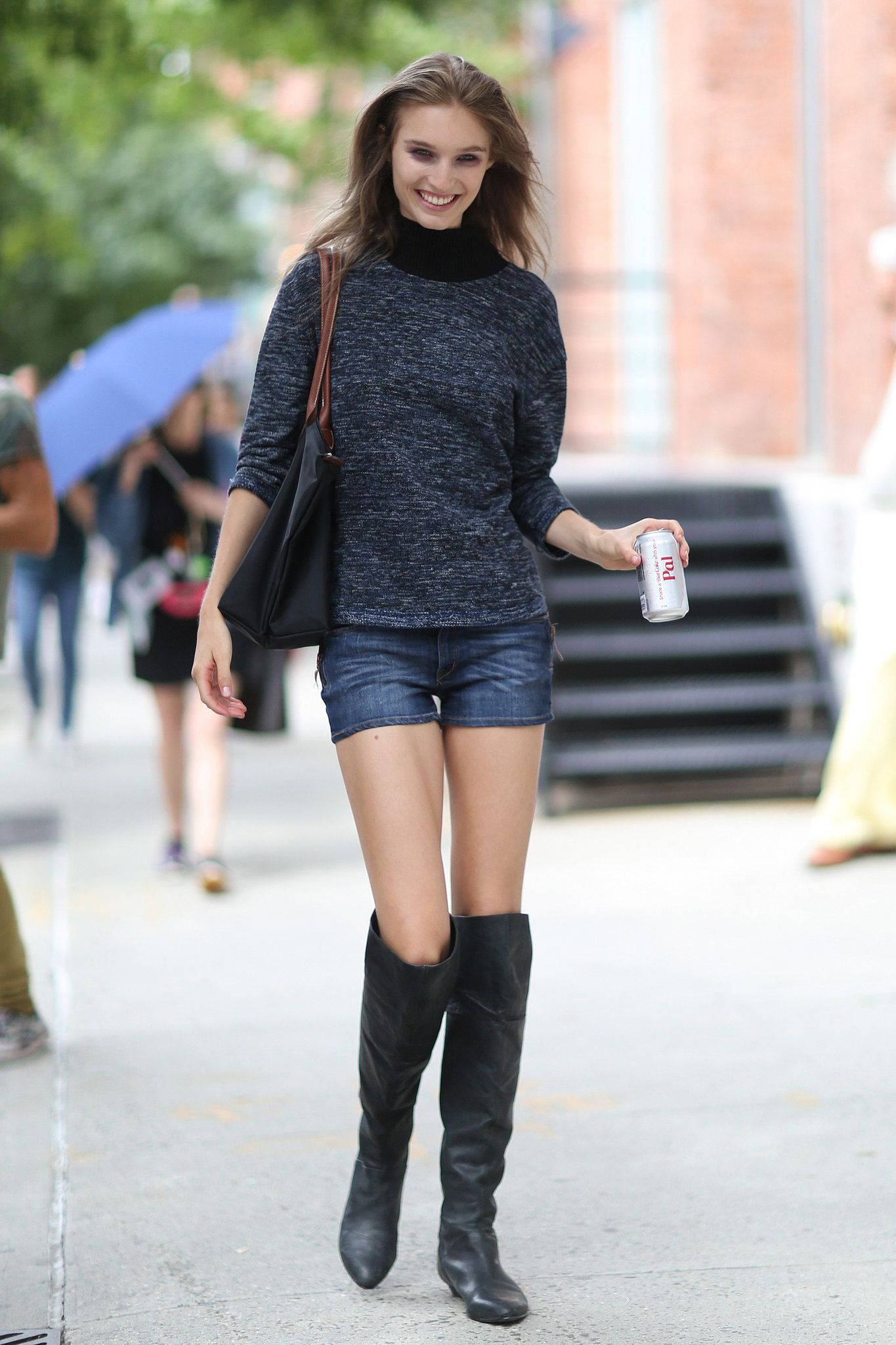 Denim shorts paired with over-the-knee boots is the only way to ...