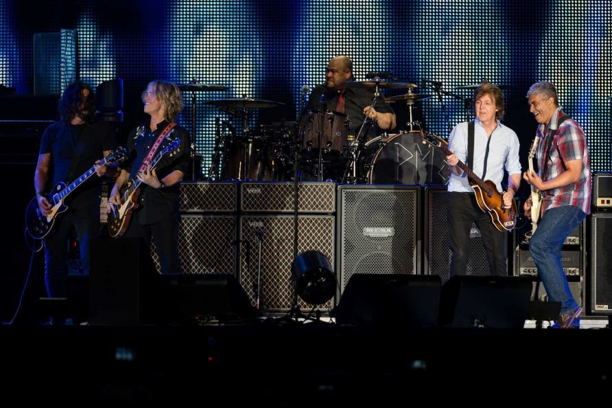 In a surprise guest section of the 2013 Seattle concert, Sir Paul McCartney performs with all ex-Nirvana musicians.