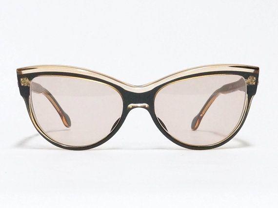 Daniel Hechter vintage sunglasses - 1980s cat eye sunglasses made in France  in NOS condition