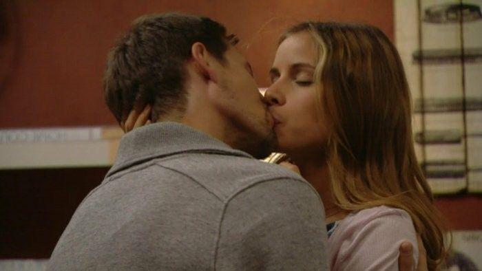 Kissing  ) nina a martin  612262f221d
