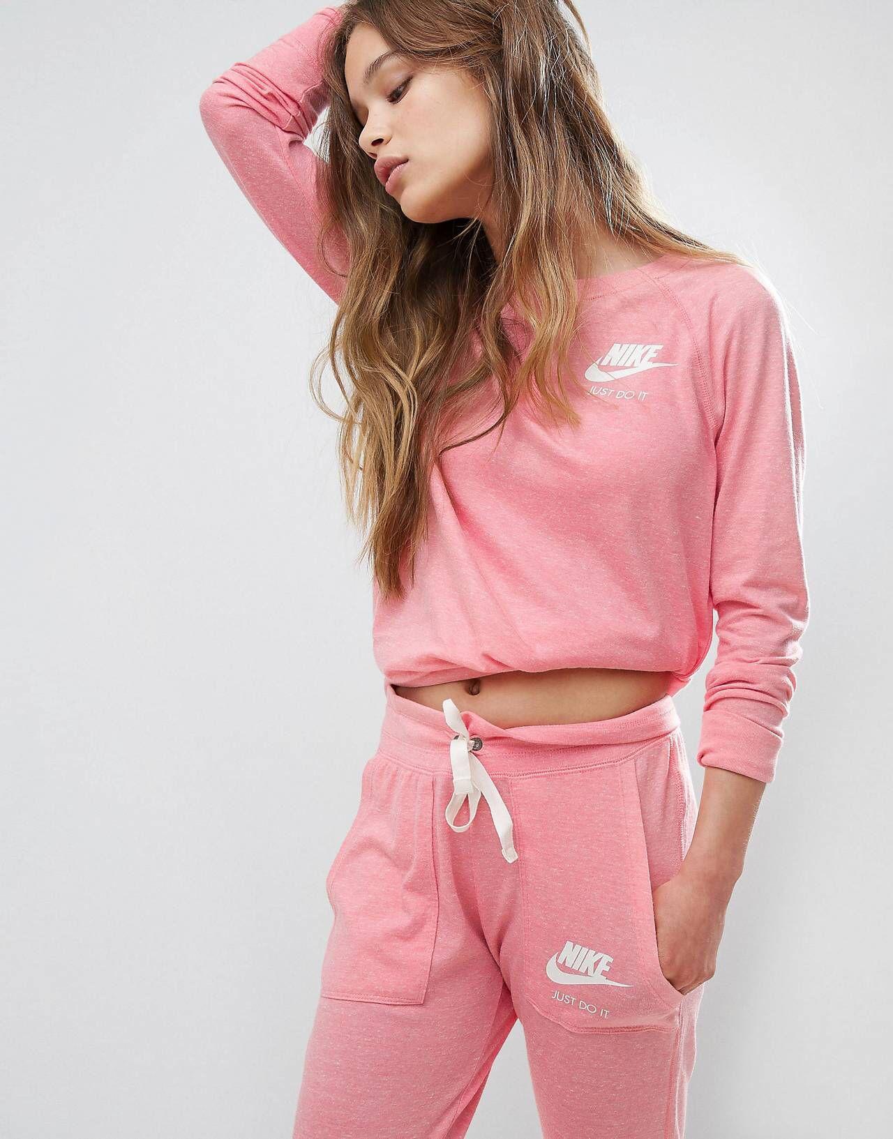 quality design de54a c258d Nike – Vintage-Sweatshirt in Rosa in 2019 | A&E | Vintage ...