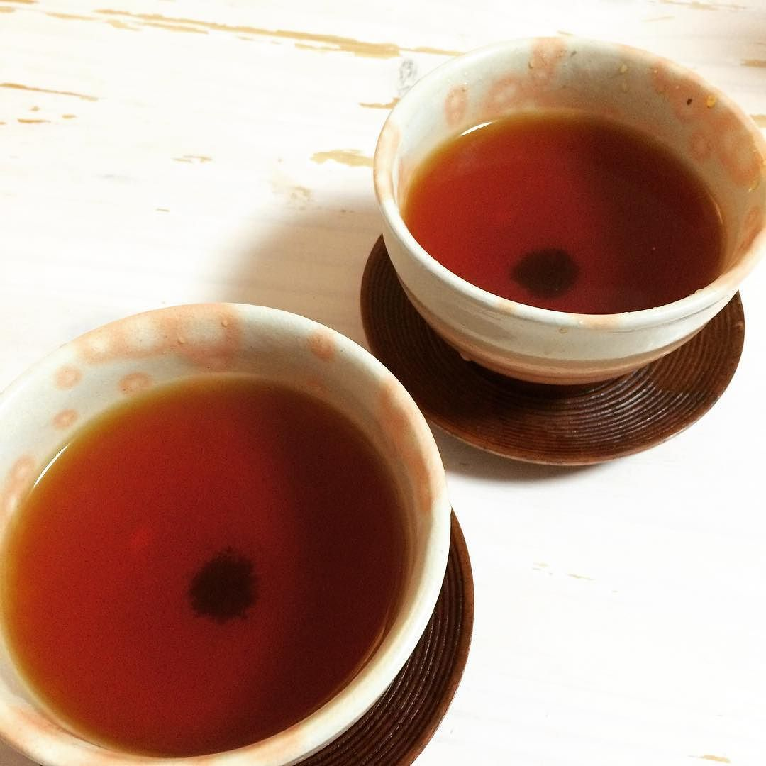 After a #beautiful #sunnyday we sit down with a cup of #organic Japanese wa-kocha #blacktea. The cups are Hagi #pottery from the Hagi kiln in Yamaguchi.