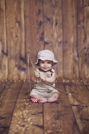 gone fishin' - What an adorable idea for toddler photography!