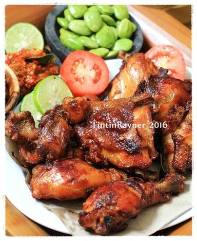 Pin Di Indonesian Food And Drink