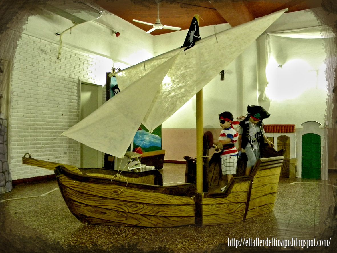 el taller del tío apó. Cardboard pirate ship   fiestas   Pinterest ...