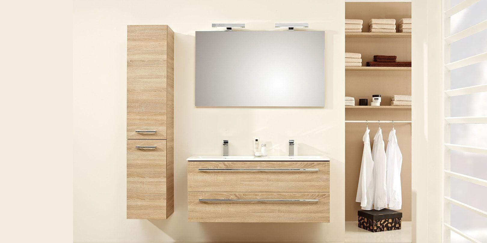 Modern badkamer meubel in hout kleur met extra dunne wastafel en bijpassende hoge kast ideaal - Moderne badkamer meubels ...