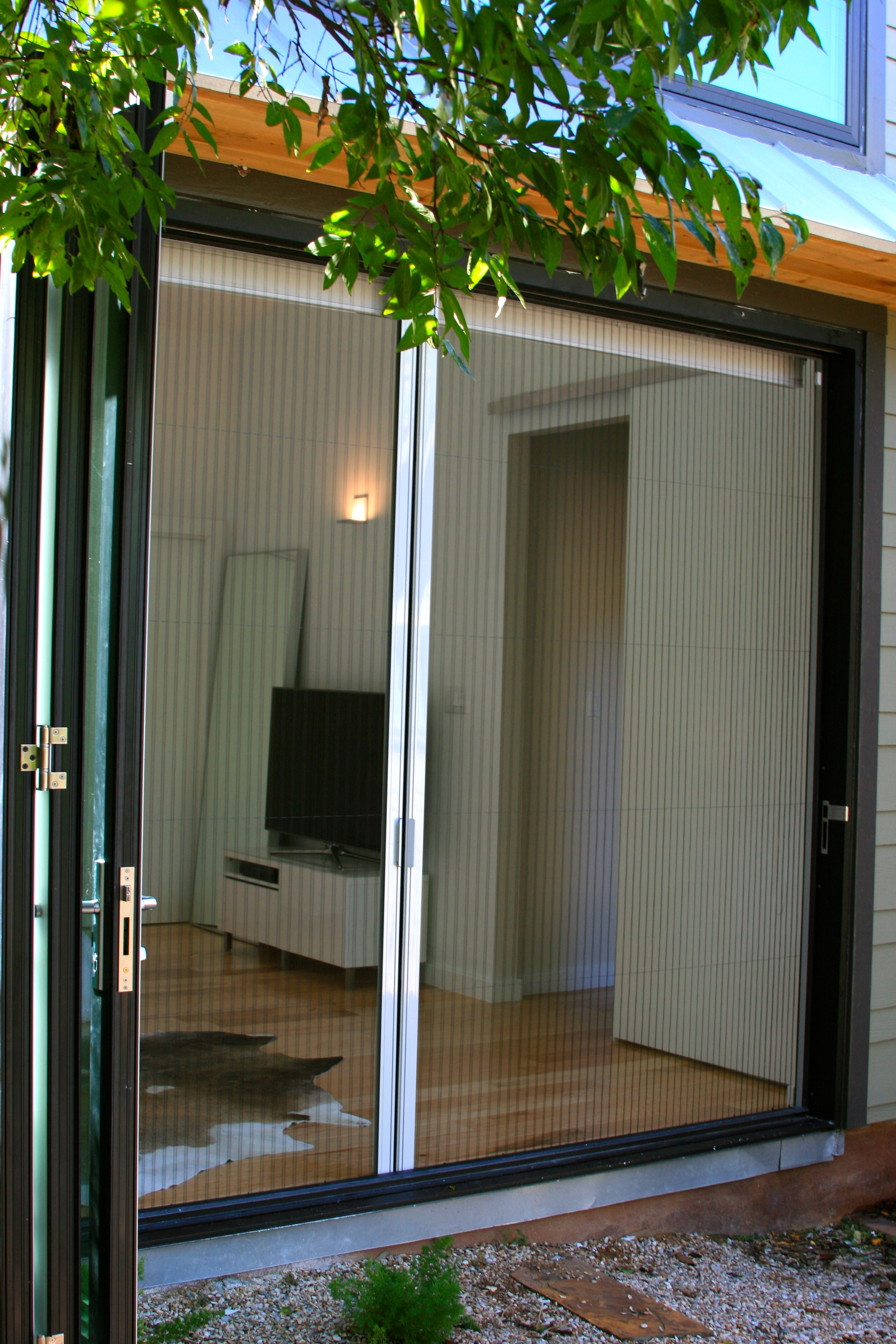 Plisse offers different types of screen doors like retractable