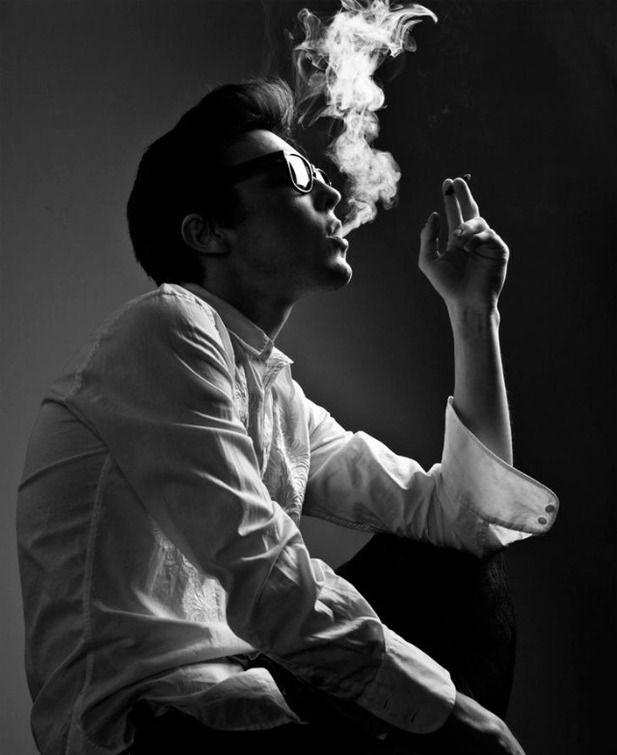 парень курит фото картинка нравилось, что она