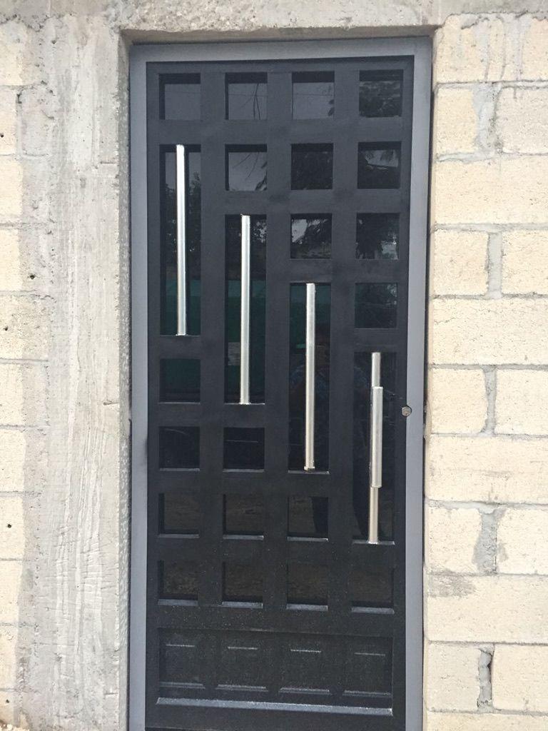 Pin De Yolanda Alvarado En Puerta Puertas De Aluminio Disenos De Puertas Metalicas Puertas De Fierro Modernas