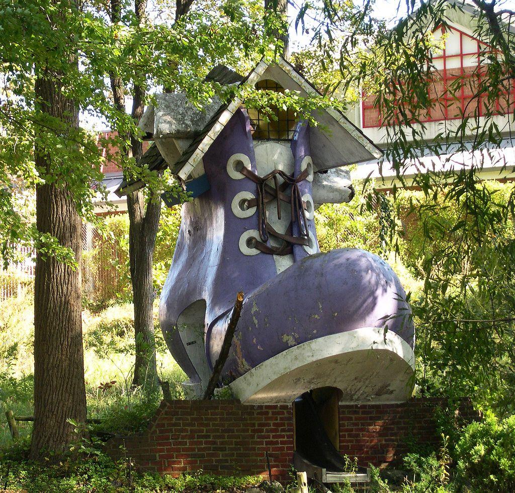 Abandoned Theme Parks, Abandoned Amusement