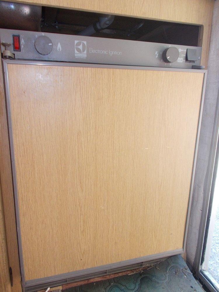 electrolux 3 way fridge. caravan/camper electrolux 3 way fridge, gas, 240v,12volt fridge rm212f a