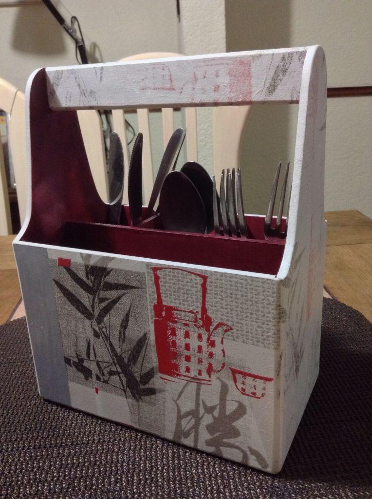 Porta cucharas decoupage elaborado por adri mis for Porta cucharas cocina