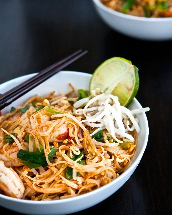 Pad Thai with Shrimp - This weeks Travel Pinspiration on the blog (Thai Food Dishes)