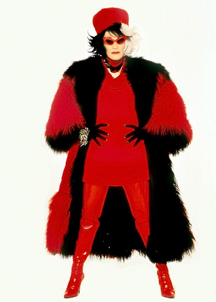 glenn close as cruella de vil 101 dalmatians pinterest. Black Bedroom Furniture Sets. Home Design Ideas