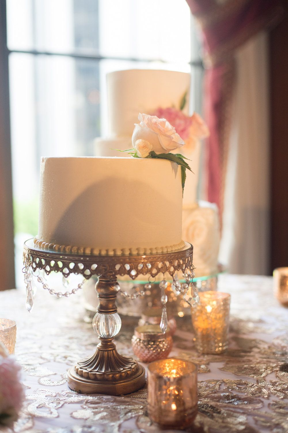 Short gold crystal cake stand ideas the jonathan club pinterest
