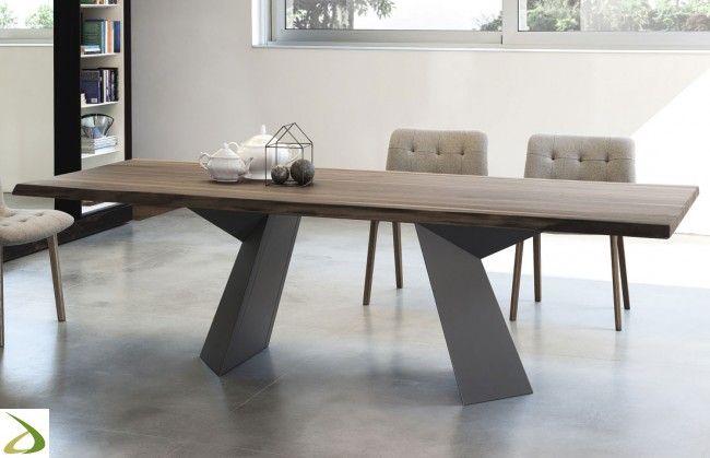 Photo of Fiandre table