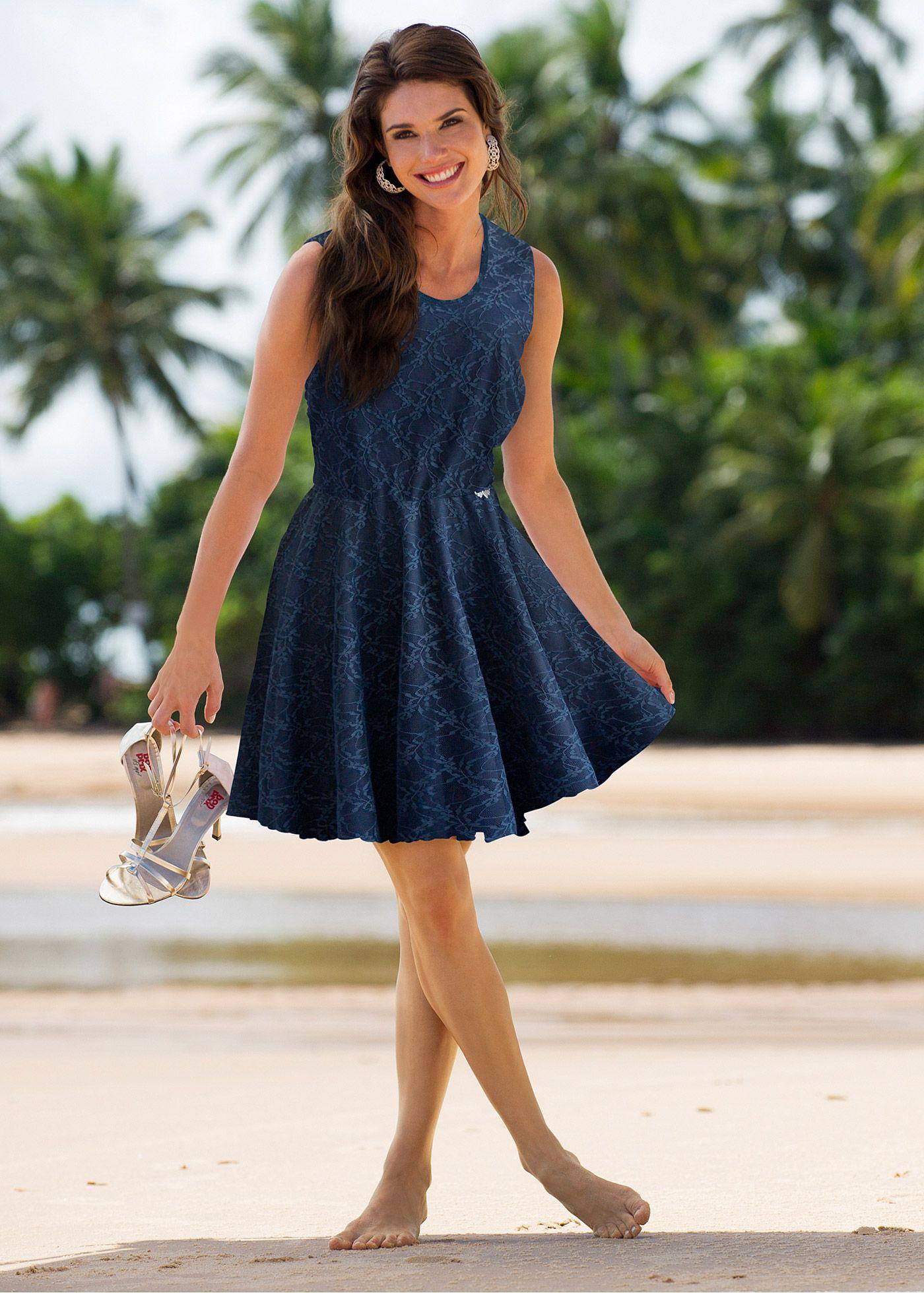 Vestido de renda branco/branco encomendar agora na loja on-line bonprix.de  R$ 79,90 a partir de Este vestido é um clássico! Chique e simples. Confeccionado ...