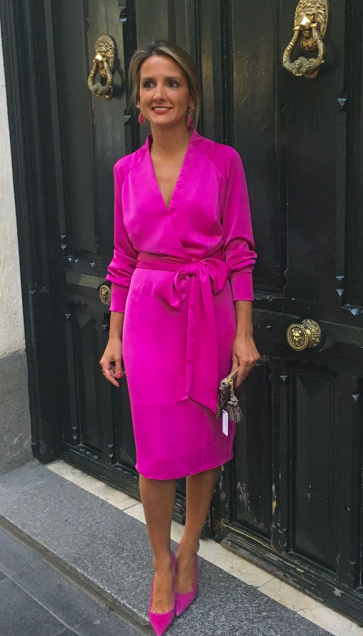 Bright pink dress for wedding guest  InvitadaFiesta Invierno   trajes  Pinterest  Wedding guest