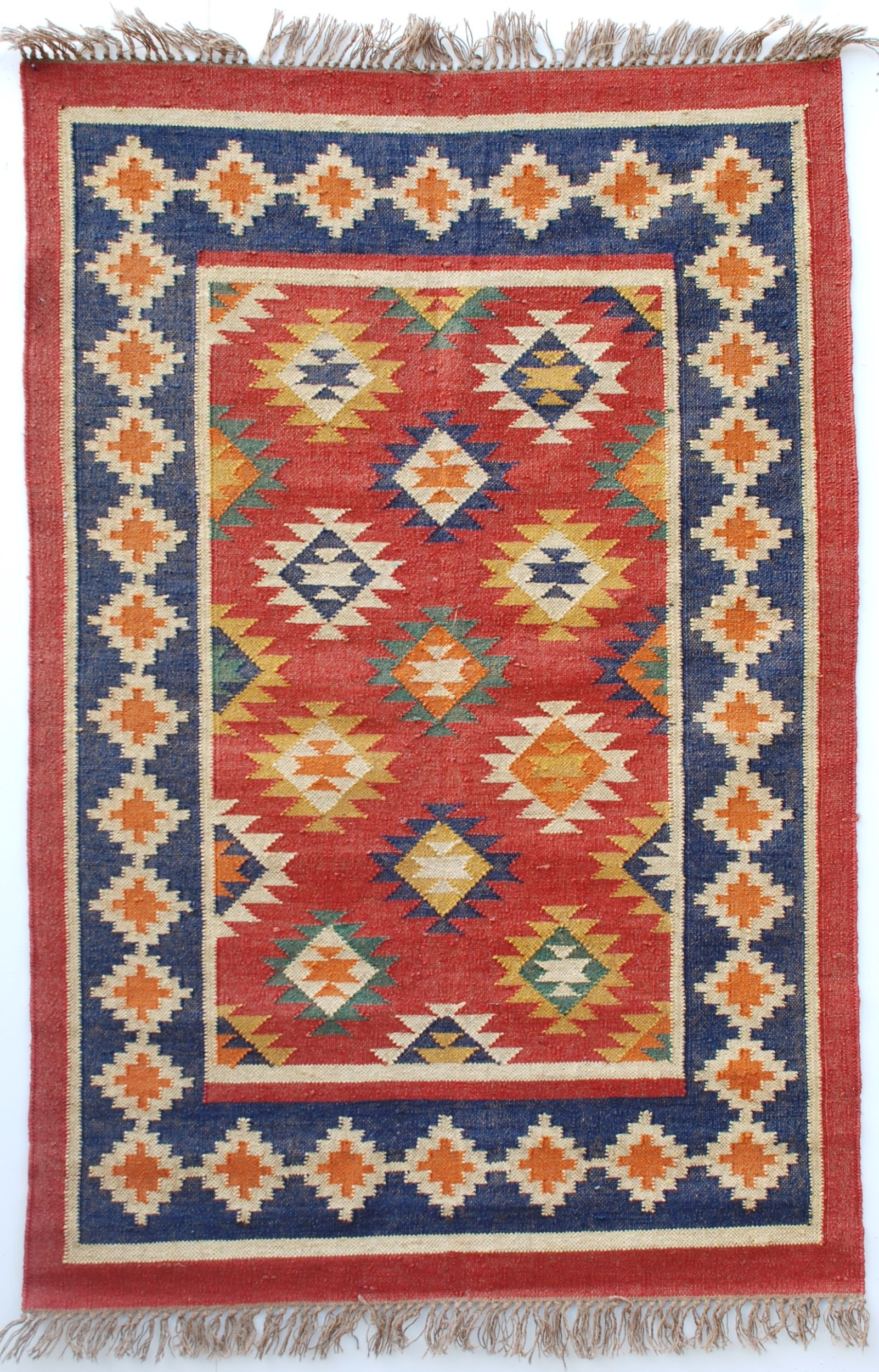 Why Dhurrie Rugs Are Popular Among Homeowners Dhurrie Rugs Rugs Dhurrie