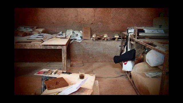 The one and only Sara Ouhaddou et ses artisans dans le processus de création et de réalisation des Zelliges...
