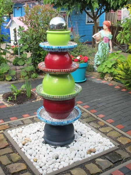 Farbenfroher Brunnen | Garten | Pinterest | Haus, Garten Und ... Gartendeko Brunnen Selber Machen