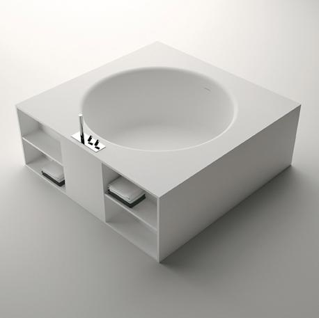 Inout la baignoire carr de benedini associati lieux for Rangement baignoire