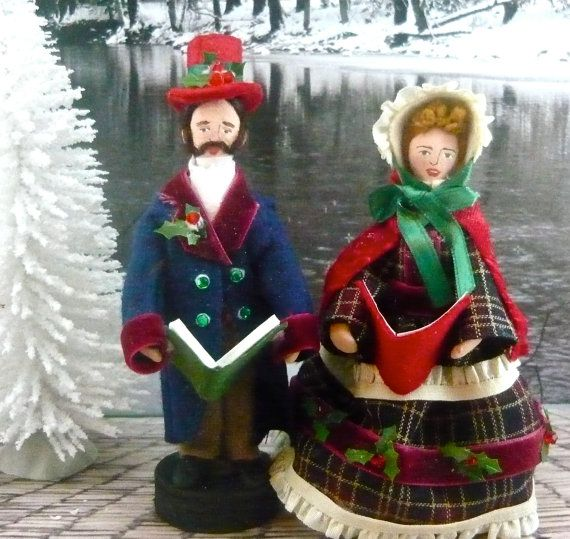 Victorian Christmas Carolers Decorations: Victorian Dolls Dickens Christmas Carolers Miniature