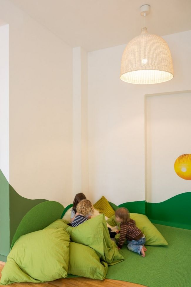 kita einrichtung baukind gr n bodenkissen sitzsack diy kinderzimmer kinder zimmer und. Black Bedroom Furniture Sets. Home Design Ideas