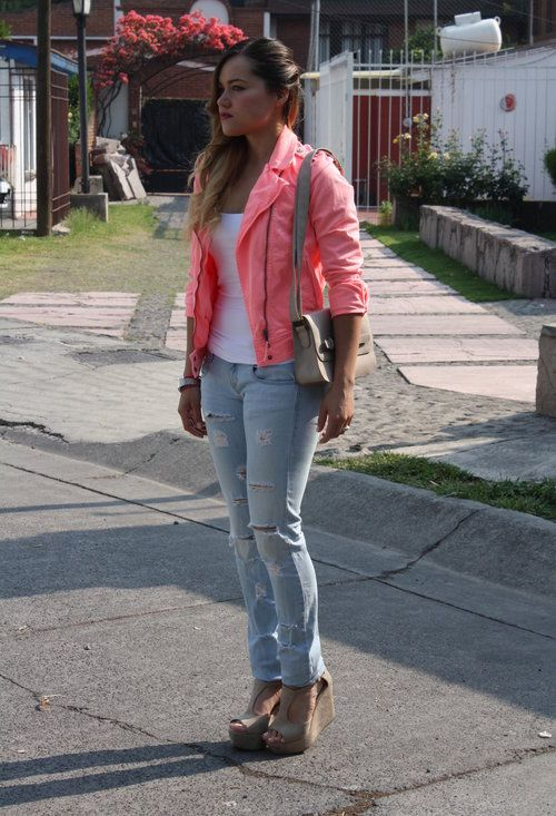 Another amazing outfit from Gaby! Follow her blog!: http://www.modacapital-blog.com/