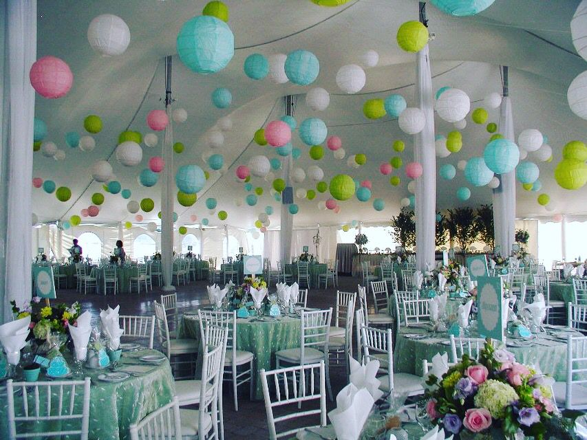 For a garden party party all the time pinterest wedding and centerpieces - Decoration mariage ballon ...