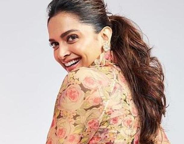 Actress Deepika Padukone Contact Phone Number House Address Social Ids In 2020 Actresses Actress Anushka House Address