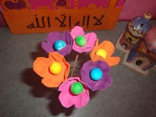 bouquet de fleurs avec une boite d oeufs printemps. Black Bedroom Furniture Sets. Home Design Ideas