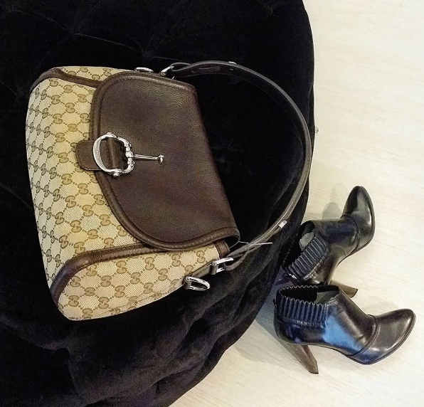 Gucci Hobo Brown Canvas W Leather N Gold Hardware Rm 1380 Condition Good With Dust Bag L 33 H22 W 9 Cm Redeem It Free With Ci Gucci Bag Bags Gucci Mane