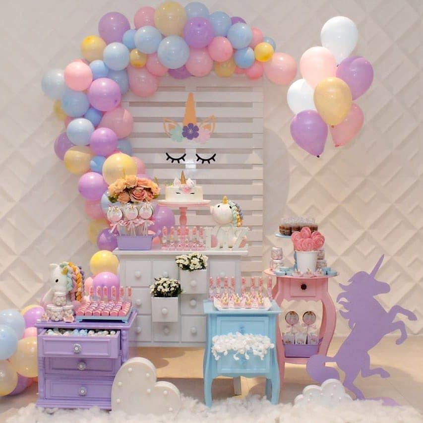Mini table unicornio