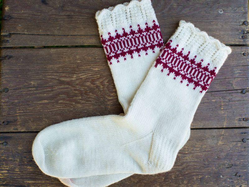 beskrivning på stickade sockor