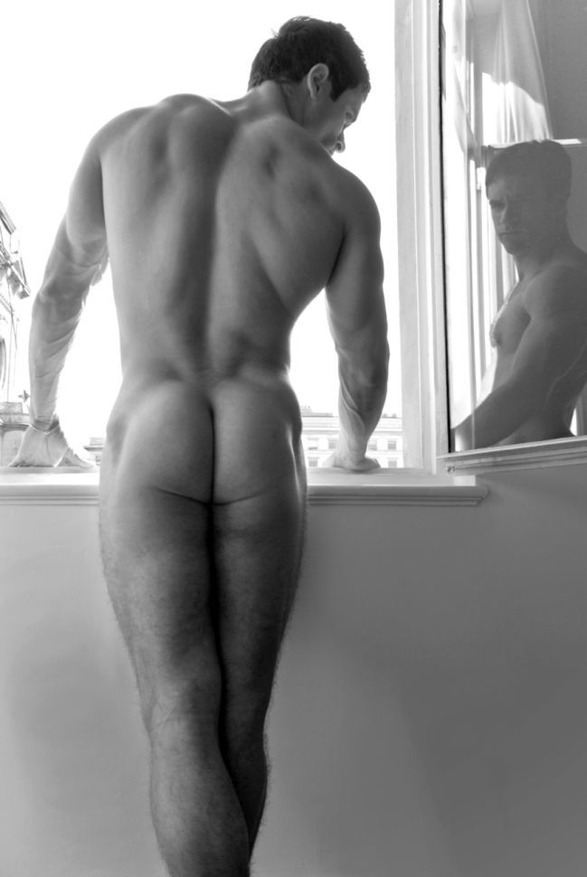 hoy black and white male nude