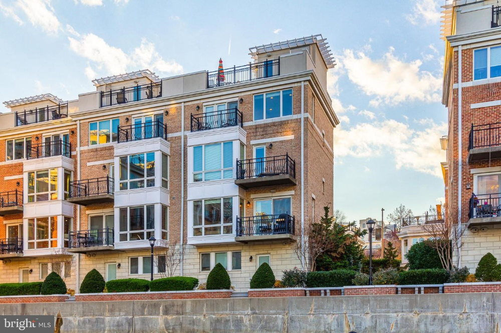 Waterfront Condo For Sale Baltimore Md Usa Maryland Homes Baltimore Exclusive Real Estate