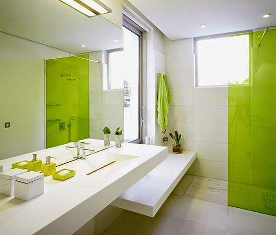 desain-2x2-kamar-mandi-hijau