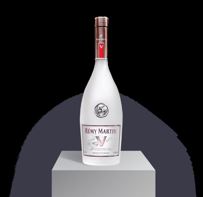 Remy Martin Vsop Premier Cru Blend 100 Grande Champagne Color Luminous Amber Fruity Notes Striking Flavor Remy Martin Champagne Bottle Rose Wine Bottle