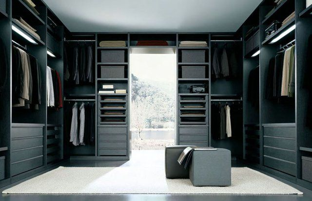 Black walk in closet un cl set solo para hombres for Closet modernos para hombres