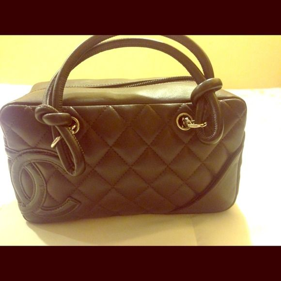 Authentic chanel bowling bag Only used once. 99% new CHANEL Bags