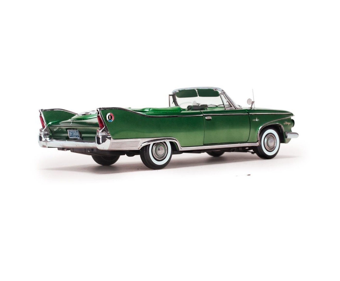 1960 Plymouth Fury Convertible 1 18th Scale Die Cast Model