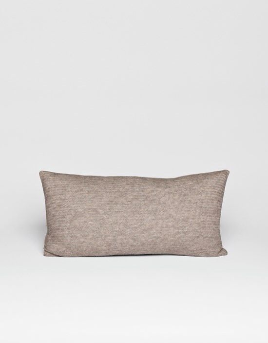 Dee has its own unique knitpoint. It gives your furniture a new look. Size   30x60 cm Material  100% Llama wool 3a272d97cd57f