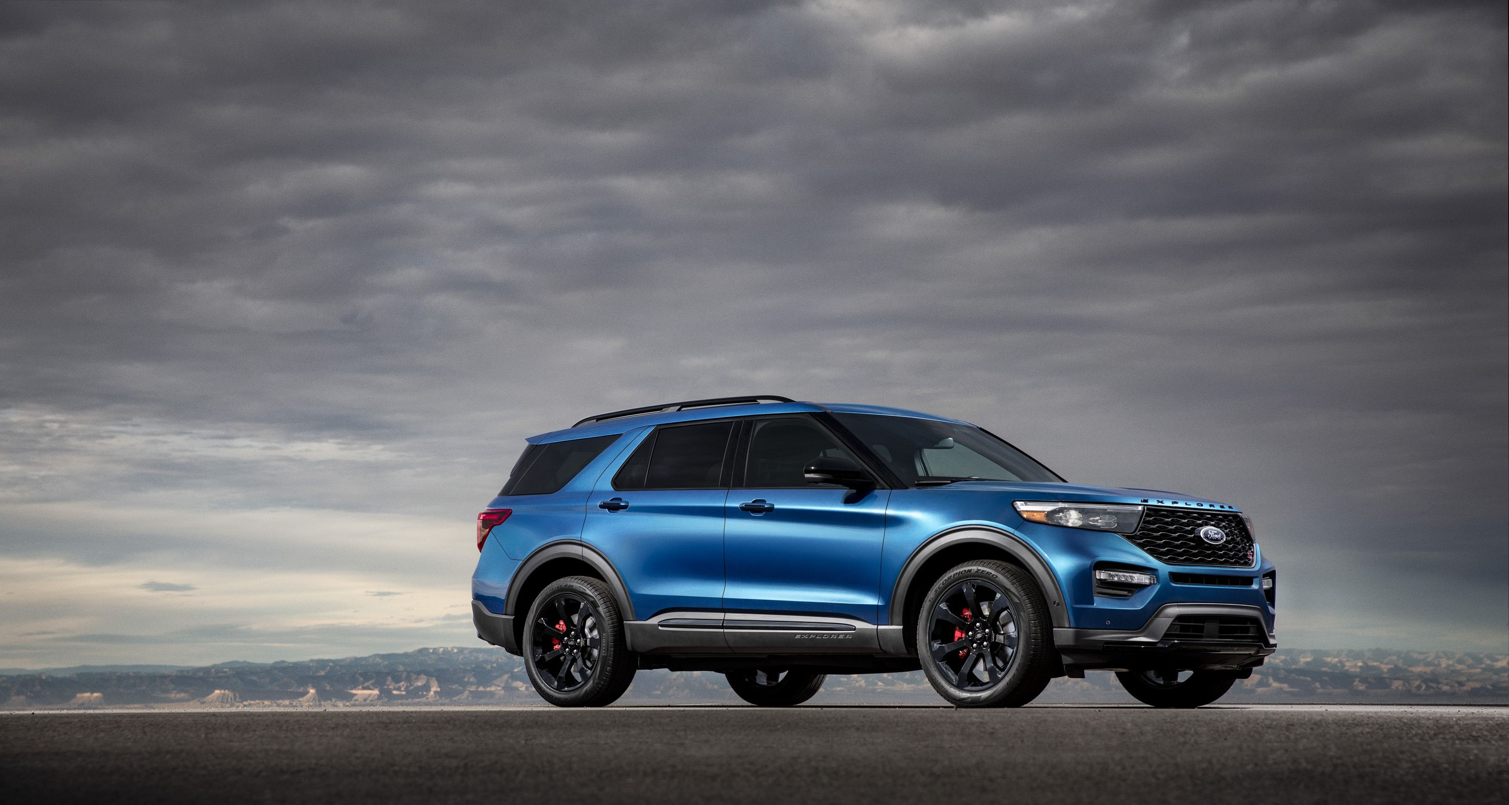 2020 Ford Explorer St Has 400 Hp Wants To Be Taken Seriously As A