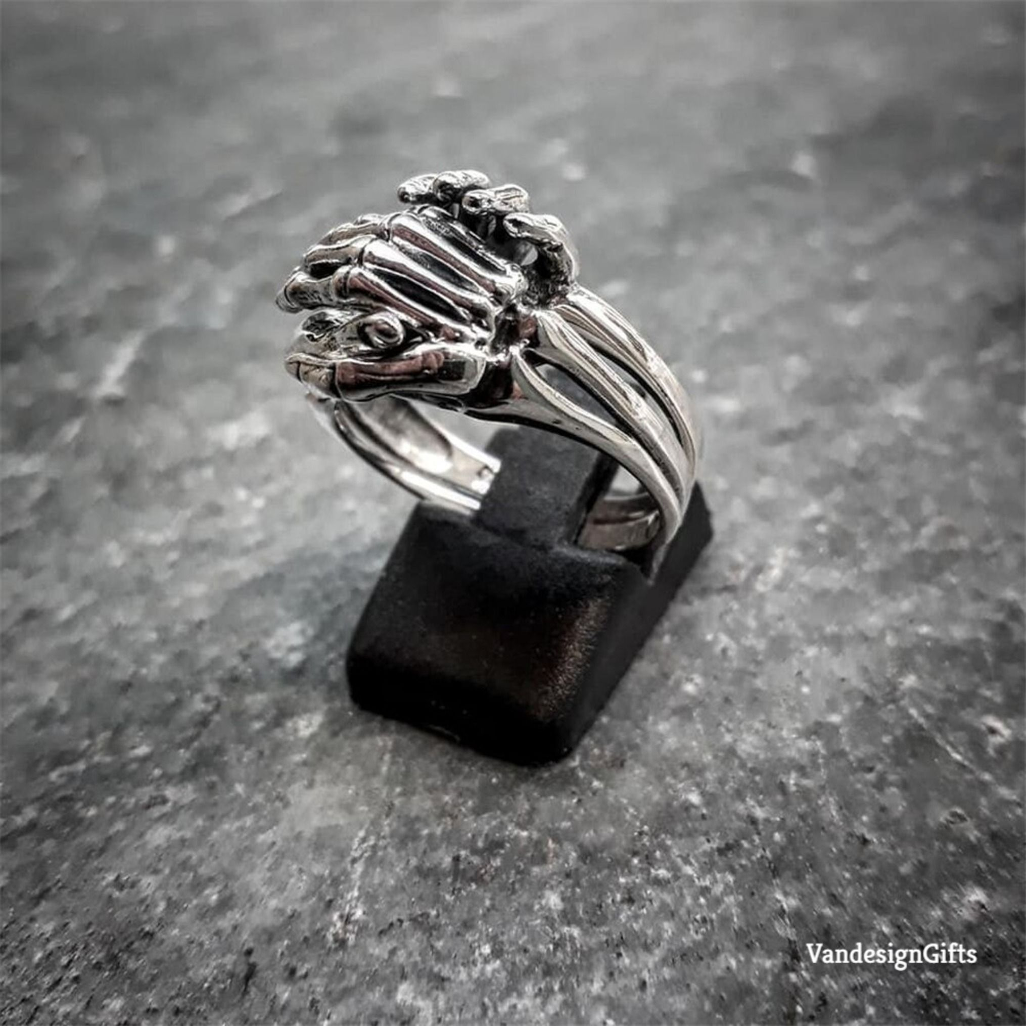 Unique Friendship & Love Couple Puzzle Ring Unisex Skeleton Stainless Steel Rings Jewelry