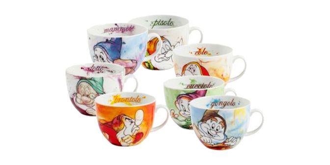 """TAZZA COLAZIONE """"I 7 Nani"""" - Disney - EGAN s.r.l.  Tazza colazione in ceramica.  Disponibili nei soggetti: CUCCIOLO, DOTTO, EOLO, GONGOLO, MAMMOLO, PISOLO e BRONTOLO.  Altezza: 9cm"""