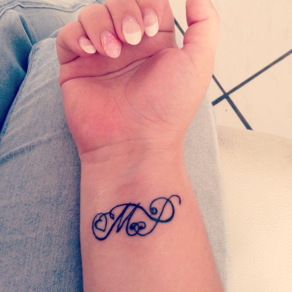 Wundervoll Tattoo Sprüche Mama Beste Wahl My First Tattoo; M & P
