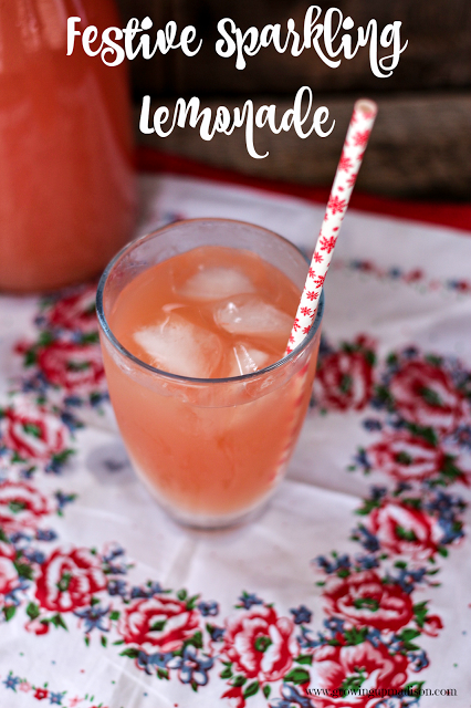 Festive Sparkling Lemonade | Growing up Madison #sparklinglemonade